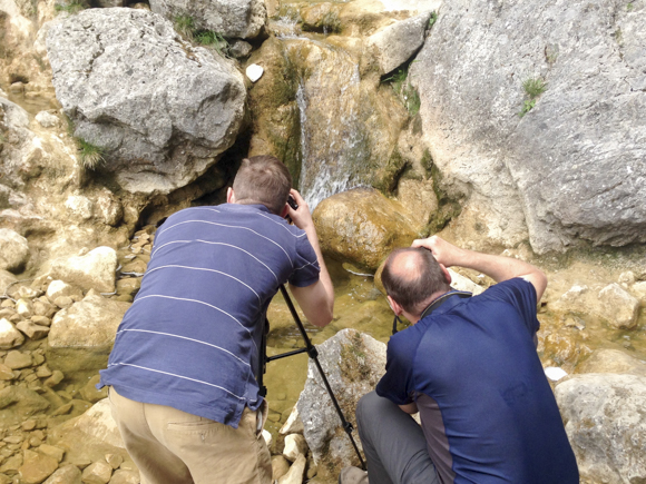 Capturing moving water inside Gordale Scar