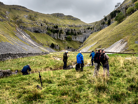 Photographing Gordale Scar after Lunch